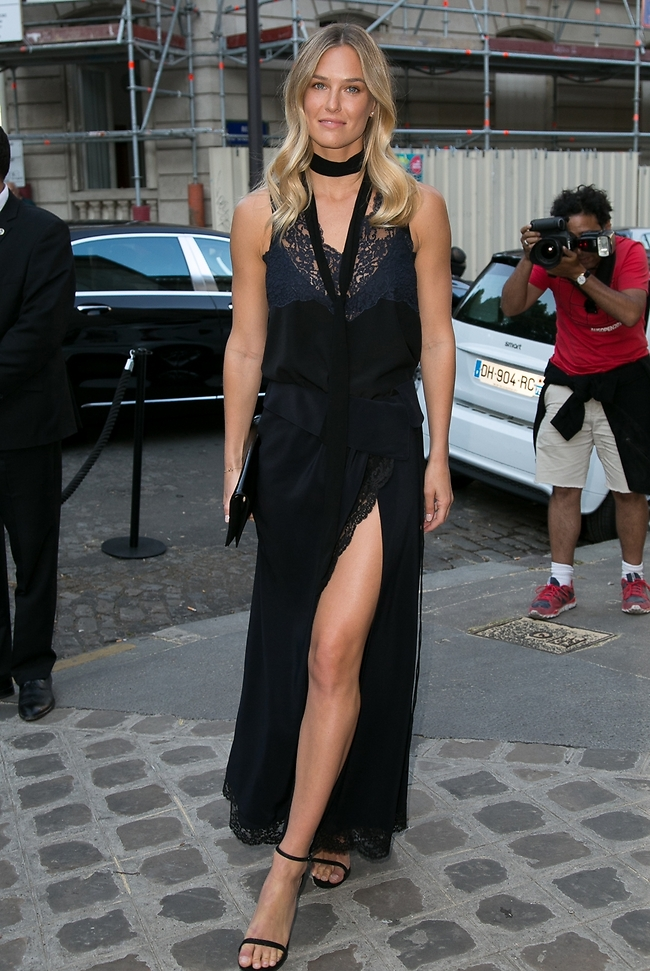 Bar Refaeli dress