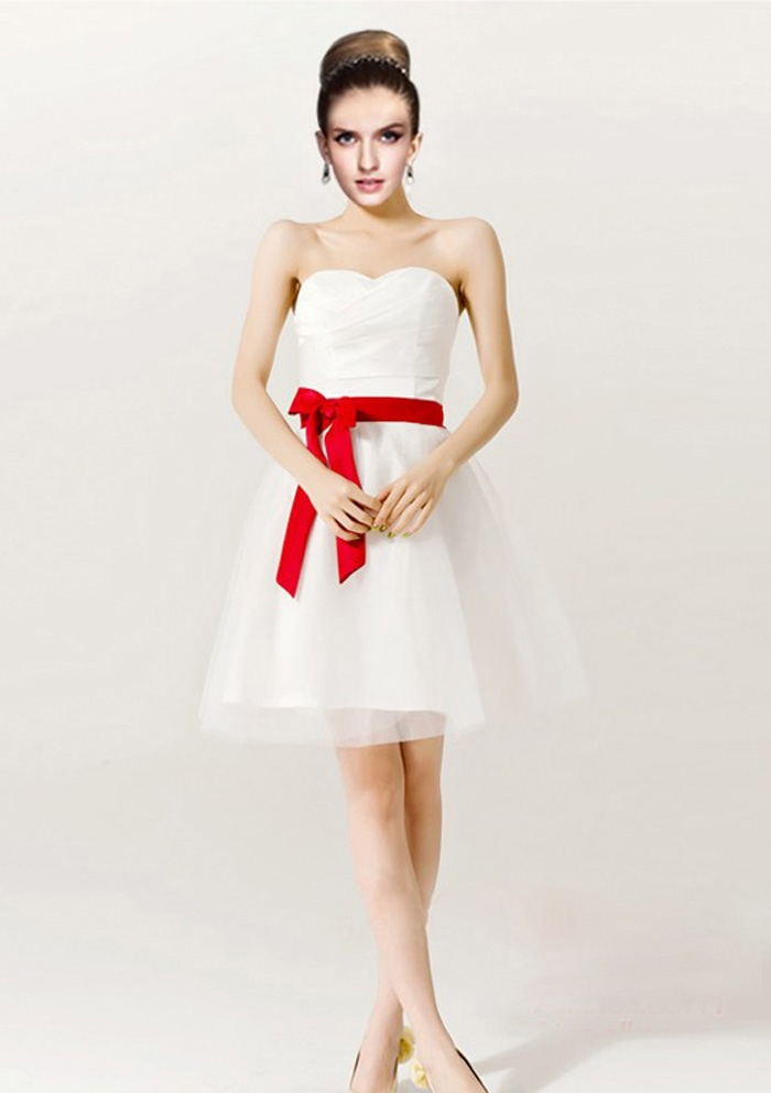 Gorgeous short red and white wedding dresses sang maestro for Short red and white wedding dresses