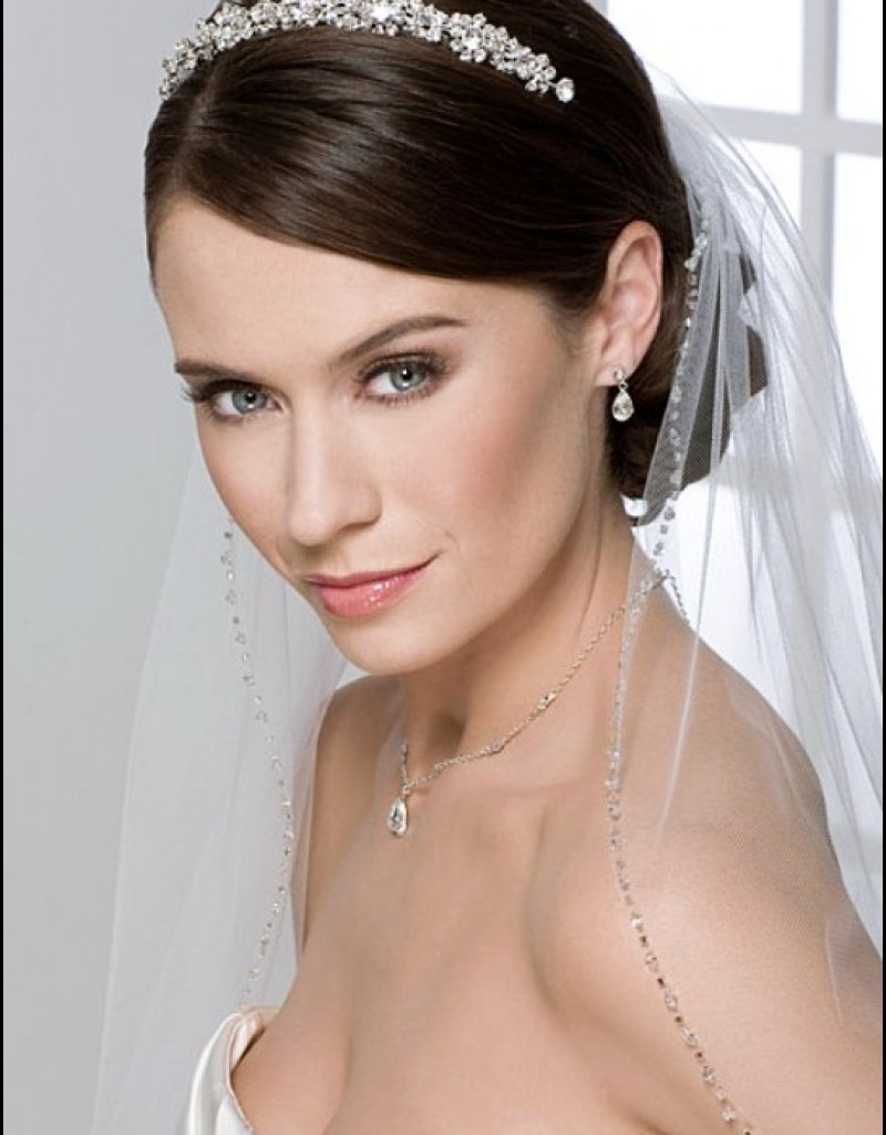 wedding tiara with hair down style
