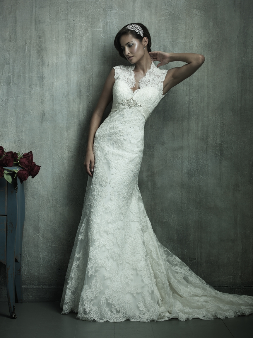 retro lace wedding dress with cap sleeves