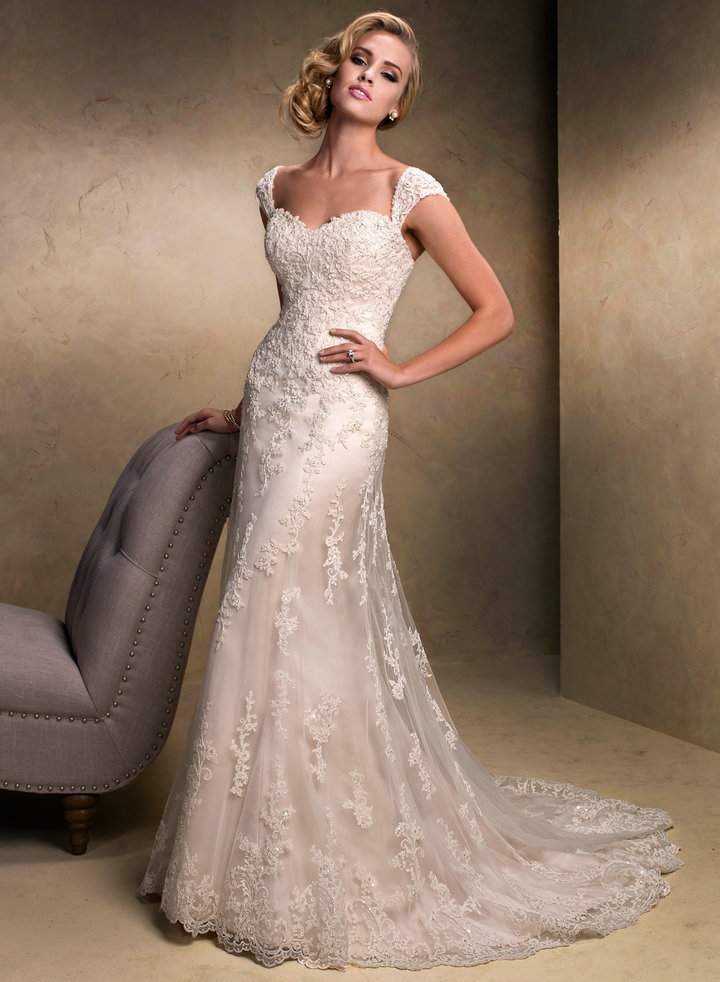 retro sweetheart lace wedding dress with cap sleeves