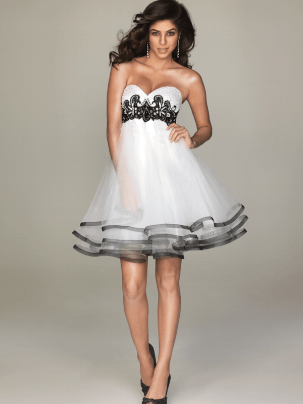 short black and white wedding dress with sweetheart neckline