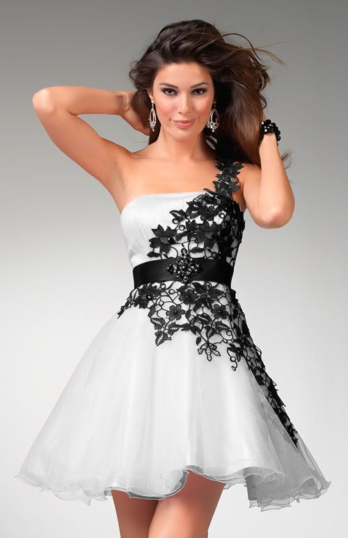 Amazing Short Black and White Wedding Dresses | Sang Maestro