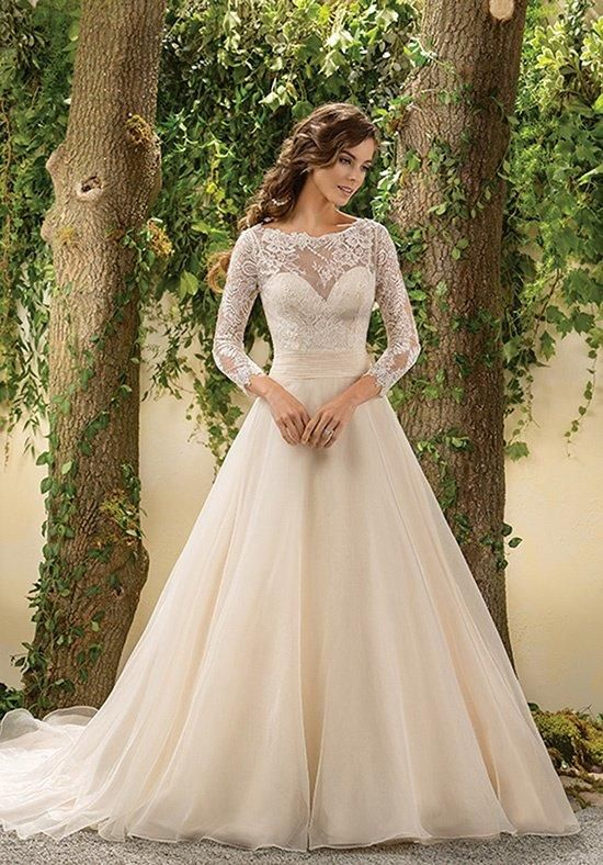Lace Wedding Dress | Sang Maestro