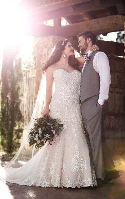 plus size trumpet wedding dress with sweetheart neckline