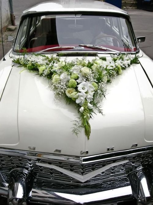 Wedding Car Decoration Ideas With Green Flowers