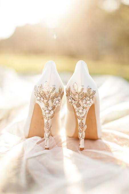 Unique High Heel White Bridal Shoes With Ornaments