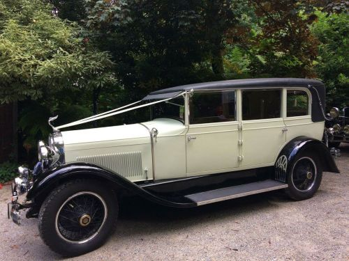 1920 Convertible Sedan Vintage Wedding Car