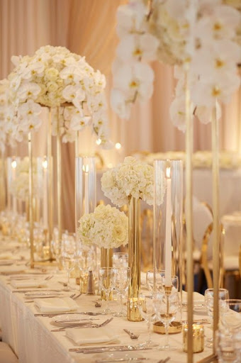 Elegant Gold And White Wedding Centerpieces With Tall Vases